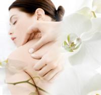 Body to Body Massage in Delhi At Amrita Spa - College Girls Available